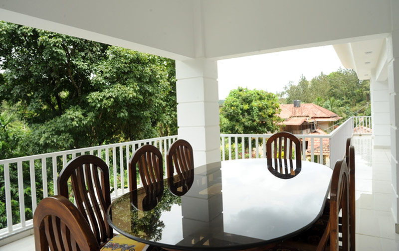 La Flora The 7th Mile Inn in Coorg